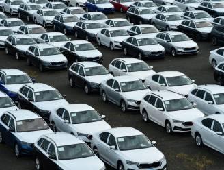 Automerk Skoda bouwt 100.000 auto's minder vanwege chiptekort