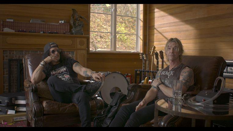 Duff McKagan en Slash van Guns N' Roses in What Drives Us. Beeld