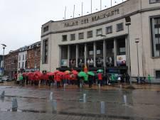 """Manifestation à Charleroi: """"Je n'aurais jamais cru qu'on puisse en arriver là"""""""