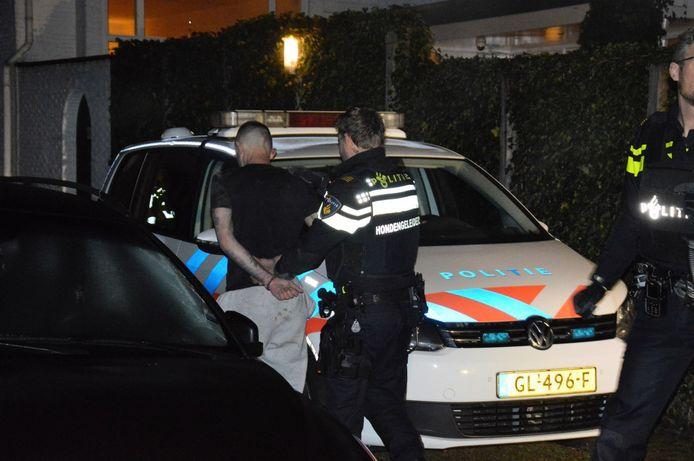 De aanhouding van de verdachte van de hoteloverval in Meppel.