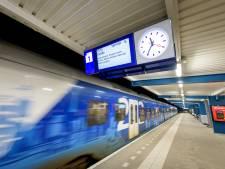 In Twente gaan structureel minder bussen en treinen rijden