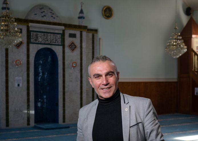 Moskeevoorzitter Abdurrahman Bicici heeft aangifte gedaan bij de politie.