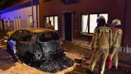 Auto vat vuur tijdens het rijden