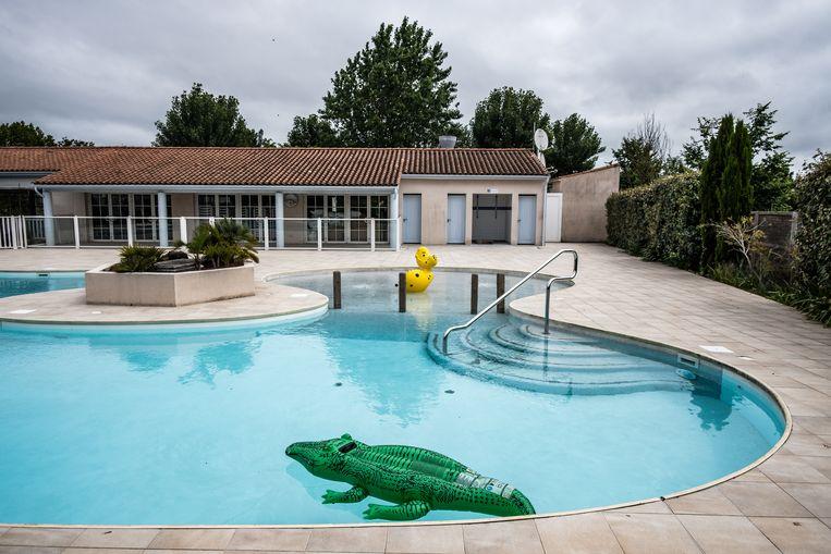 Het zwembad één van de hoofdpijndossiers voor campinghouders. Beeld Joris Van Gennip