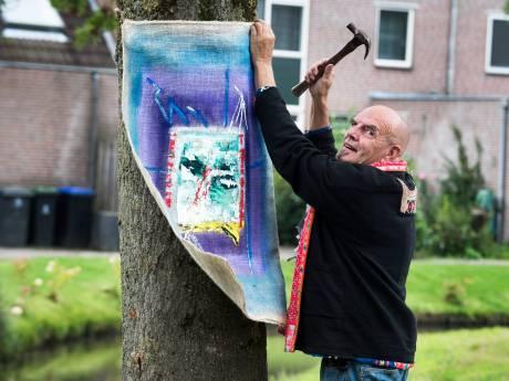 Wildkunst in Vinkeveen op last van gemeente verwijderd