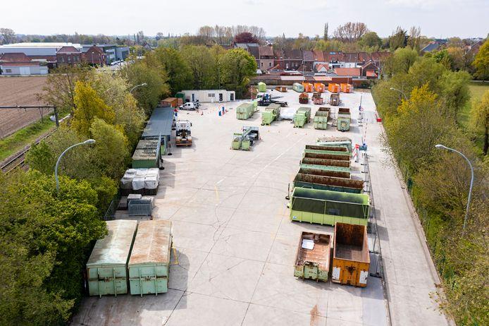 Een luchtbeeld van het vernieuwde recyclagepark in Heule
