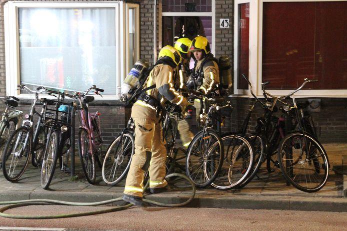 In een woning aan de Vrijenbanselaan in Delft heeft er een brandje gewoed.