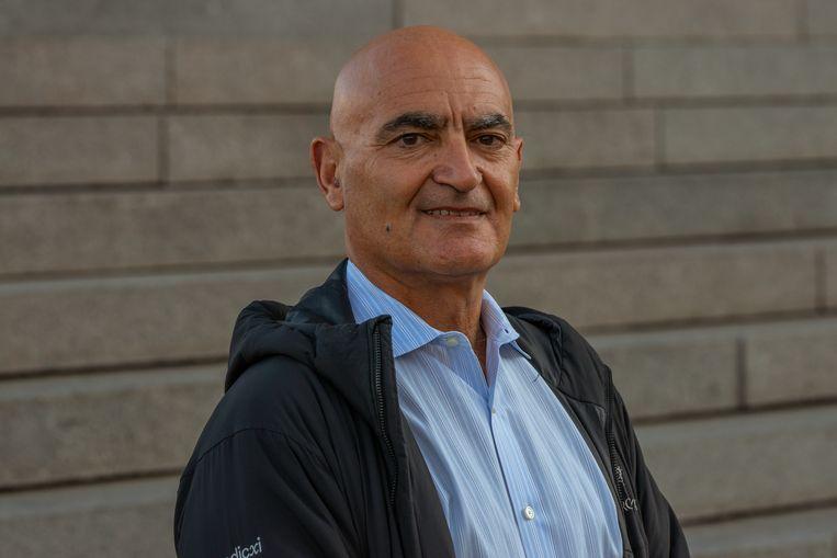 Moncef Slaoui: 'Gelukkig neemt het aantal mensen gekant tegen vaccins af. Ik denk niet dat ze groepsimmuniteit zullen verhinderen.' Beeld Kyle Myles