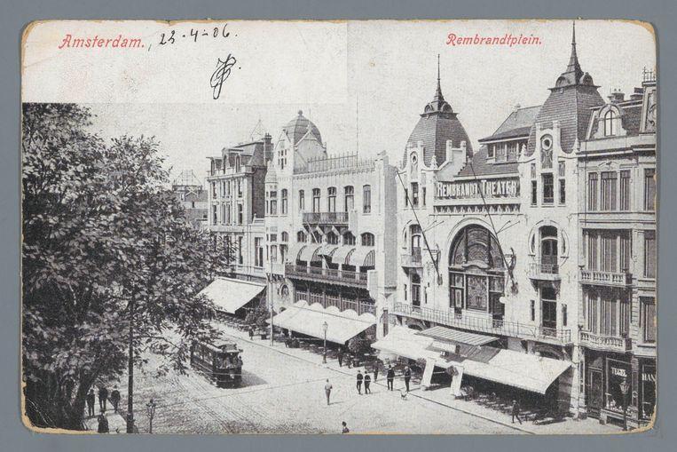 Een ansichtkaart van het Rembrandtplein in Amsterdam uit 1906. Beeld