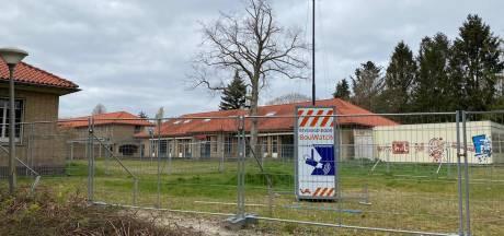 Bescherming tegen vandalen in monumentaal pand in Ermelo, tot de verbouwing begint