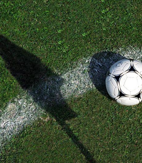 FC Jeugd plukt El Azzouzi weg bij DVSA