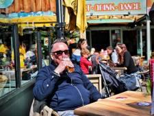 Éindelijk! De terrassen heropenen: 'Ik geniet nu niet alleen van het bier, maar ook van de vrijheid'