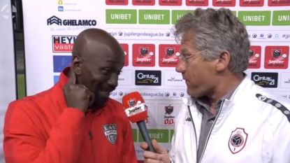 """""""Waar heb je die interessante Chinese of Japanse speler gevonden?"""" Bölöni heeft duidelijk zijn roeping gemist"""