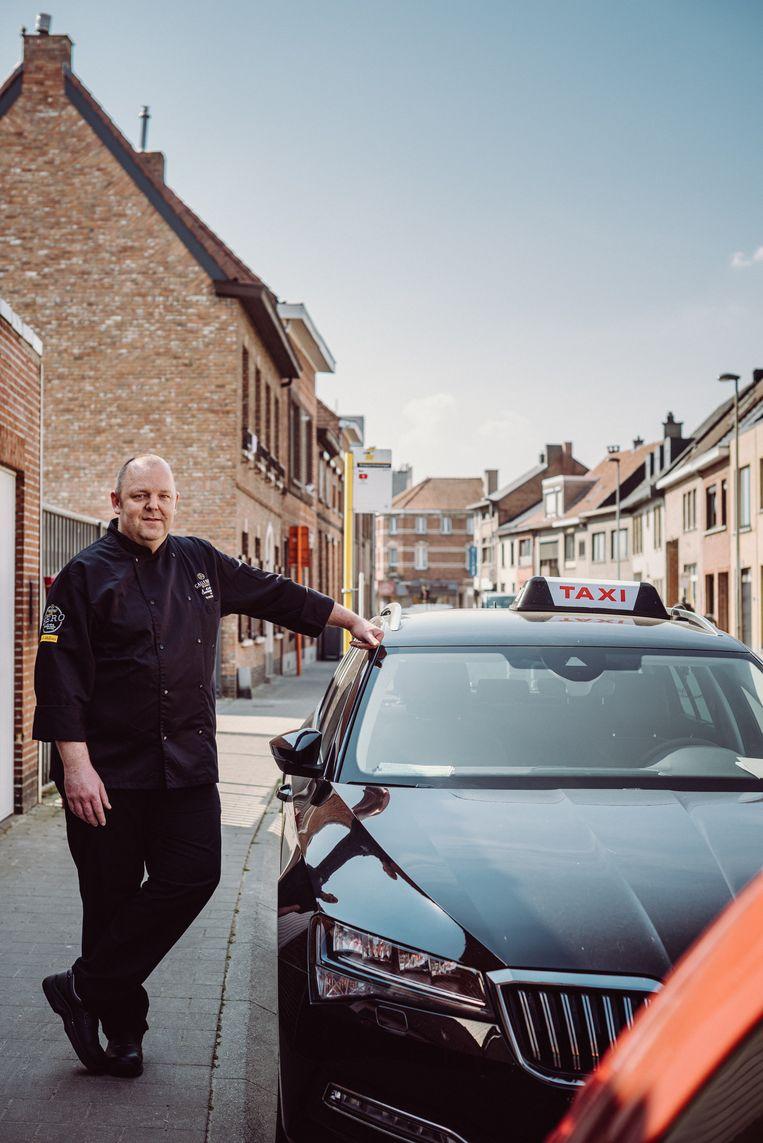 Chocolatier Wim Vyverman: 'Voor taxibedrijven is het nu ook een pak rustiger, dus dat bleek een win-winsituatie.' Beeld Wouter Maeckelberghe