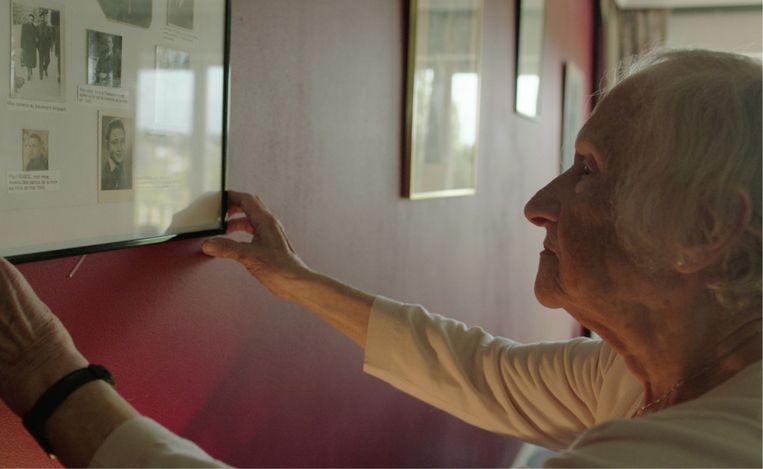 Betsy Sobol: 'Birkenau is blijven woekeren in me. Het was te groot, te wreed: ik krijg het niet gereduceerd tot gewoon een pijnlijke herinnering.' Beeld Pieter Serrien & Eva Fastag