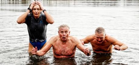 Zwemscholen slaan alarm: 'Het water staat ons aan de lippen'