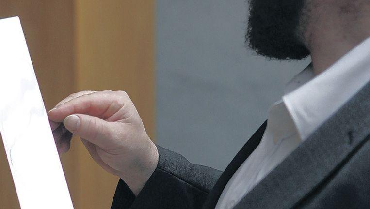 Het mes van een joodse rituele slachter. ©Jorgen Caris Beeld