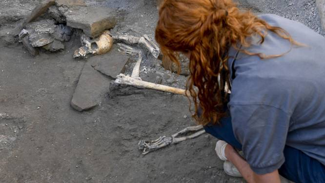 Vijf 'nieuwe' skeletten in Pompeii tonen moment waarop vrouwen en kinderen tevergeefs probeerden te schuilen