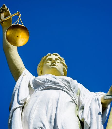 Acht jaar cel voor Assenaar (26) en Emmenaar (21) voor brute overval op bejaard echtpaar uit Oosterwolde