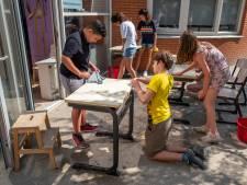 Schoolverlaters op De Petteflet dromen van de toekomst, eerst nog even de schoolbankjes afsoppen