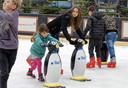 Kinderen krijgen gratis schaatsles in het Winterpark Schijndel, van 6 december 2019 tot en met zondag 5 januari 2020.