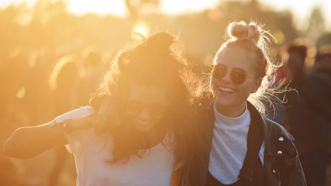 """Studie toont aan: 2 op de 3 koppels beginnen als vrienden. """"Rommelige grens tussen vriendschap en romantiek"""""""