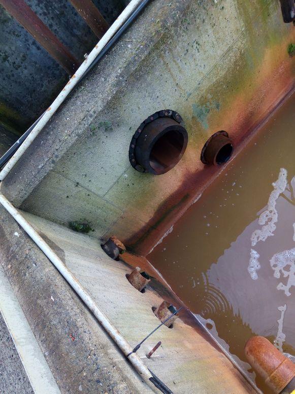 Tijdens een controle van de milieu-inspectie kwam bij dit Rupelse bedrijf een illegale lozing van een opslagterminal van chemische producten aan het licht.