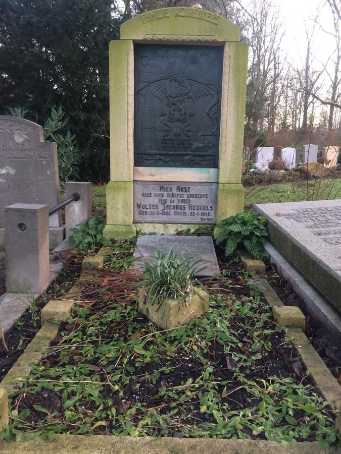 Het graf van Wolter Heukels op de algemene begraafplaats Kovelswade in Utrecht.