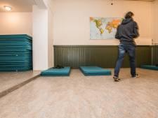 Daklozenopvang Arnhem beperkt capaciteit: 'Bezoekers zijn doordrongen van de ernst'