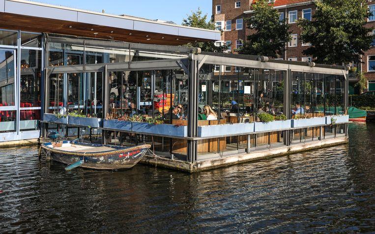 Restaurant & Cafe Florya ligt aan het water bij de Bos en Lommerplein. Beeld Eva Plevier