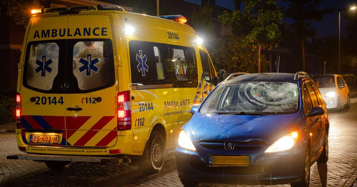 Man op elektrische fiets gewond bij botsing met auto in Udenhout.