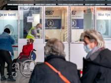 Priklocaties worden ontmanteld, vaccineren gaat straks in bussen en wijkcentra