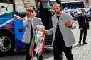 Roberto Mancini (l) en Giorgio Chiellini.