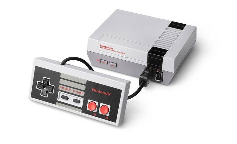 Historische spelcomputers in nieuwe miniversies: de Nintendo. Beeld -