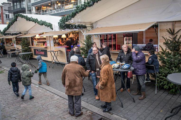 Door het slechte weer was de opkomst op de kerstmarkt maar matig dit jaar.