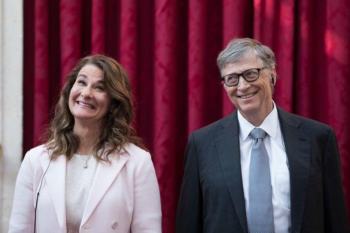 Melinda (links) Bill Gates.