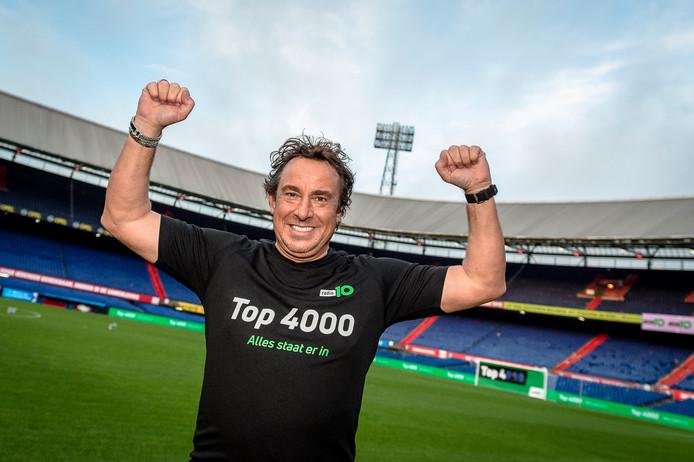 De Top 4000 vanuit De Kuip, met de aftrap door Marco Borsato en Gerard Ekdom.