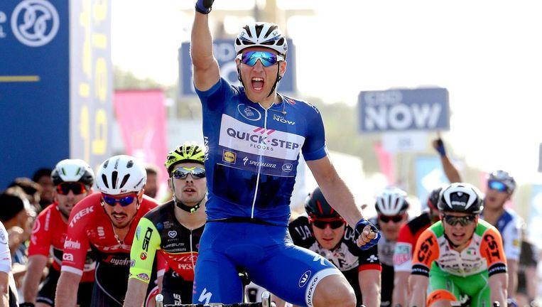 Marcel Kittel viert de winst na de tweede etappe in de Ronde van Dubai 2017 Beeld EPA