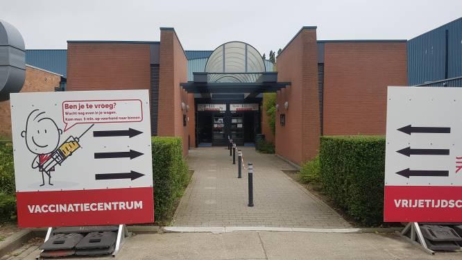 """Nieuwe locaties vaccinatiecentra Houtland en Polder bekendgemaakt: """"We mikken op toegankelijkheid en nabijheid voor de inwoners"""""""