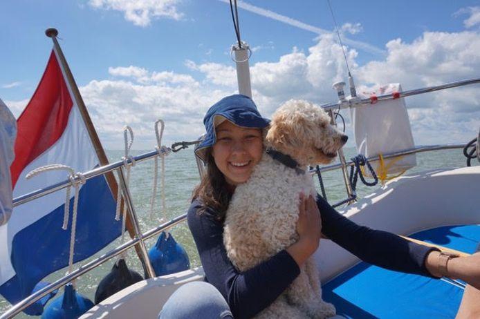 Jobke Moens wil in oktober meevaren met School at Sea, maar daarvoor heeft ze 23.000 euro nodig. Ze zet acties op touw en benadert bedrijven voor sponsoring. Donaties zijn ook welkom.