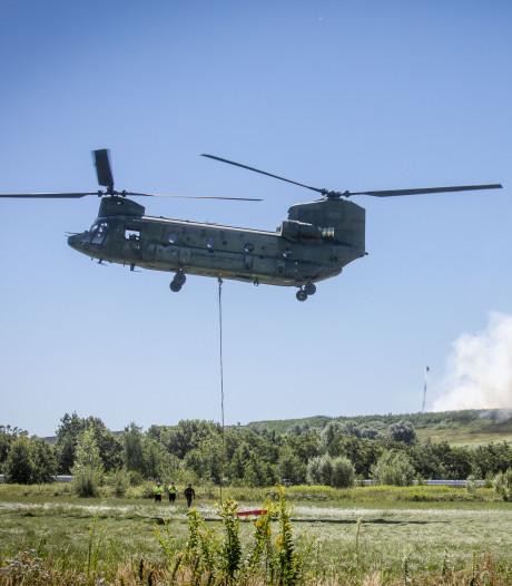 Chinook ingezet om zeer grote brand Twence te blussen