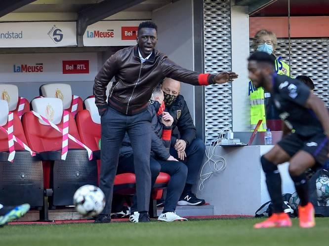 """Mbaye Leye keihard voor spelersgroep: """"Hebben we wel het materiaal om onze doelen te halen?"""""""