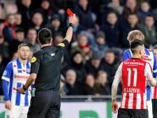 PSV verliest na rood voor Lozano punten in slijtageslag met sc Heerenveen