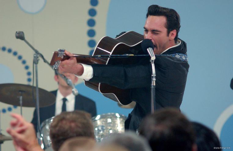 Joaquin Phoenix als Johnny Cash. Beeld INTERNET