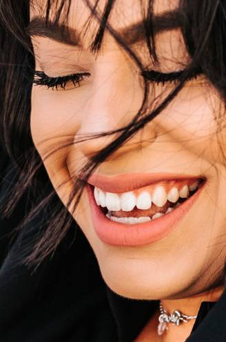 Mondkapje confronteert ons met slechte adem: tandarts tipt hoe je je mond het best verzorgt