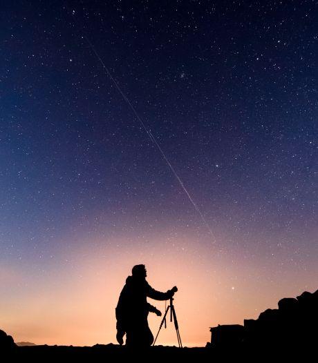 Les astronomes le redoutaient: les satellites d'Elon Musk gâchent la vue des télescopes