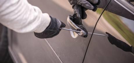 Veel auto-inbraken op Walcheren: daders rijden op de fiets