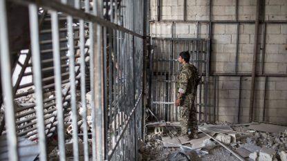 """Duits aanhoudingsbevel tegen chef van Syrische inlichtingendienst """"voor wreedheden tegen de bevolking"""""""