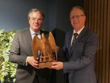 Eerste Pelikaan gemeente Heeze-Leende voor Wim van de Donk