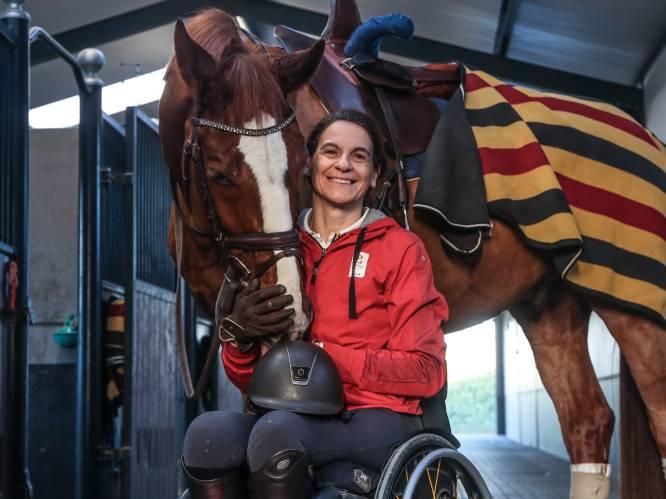 """Barbara Minecci (51) leeft voor paradressuur na lange strijd tegen spijsverteringskanker: """"Zonder mijn paarden zou ik er nu niet meer zijn"""""""